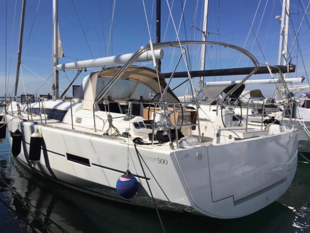 Hire Sailboat with or without skipper Dufour Port de Bormes