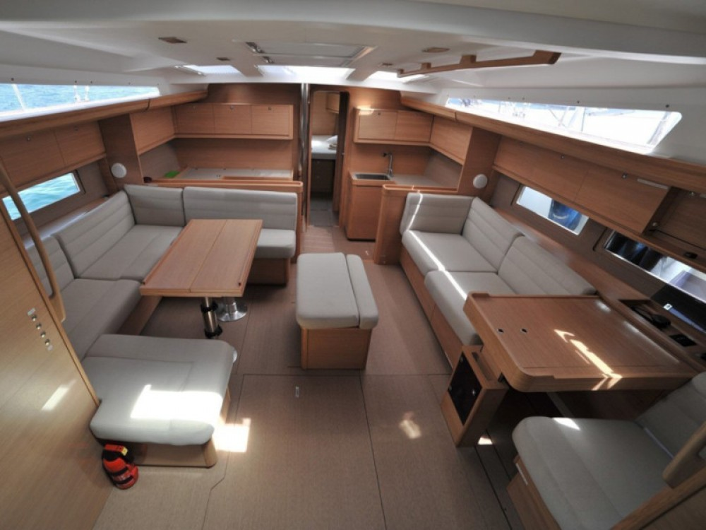 Boat rental Dufour Dufour 500 Grand Large in Bormes-les-Mimosas on Samboat