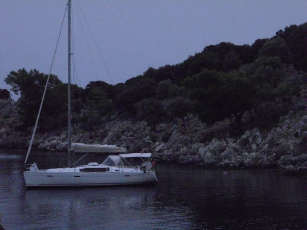 Rental yacht Marmaris - Bénéteau Oceanis 40 on SamBoat