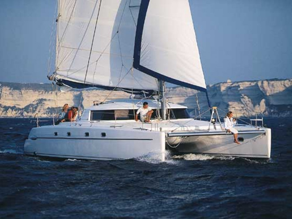 Fountaine Pajot Belize 43 Q between personal and professional Marmaris