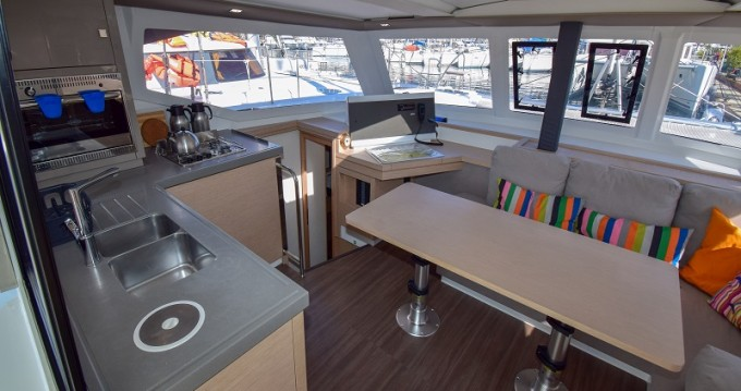 Boat rental Fountaine Pajot Lucia 40 in Marmaris on Samboat