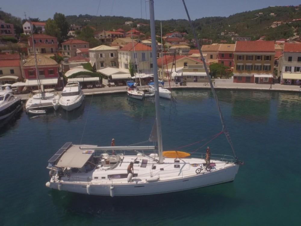Rental Sailboat in Alimos Marina - Bénéteau Oceanis 54