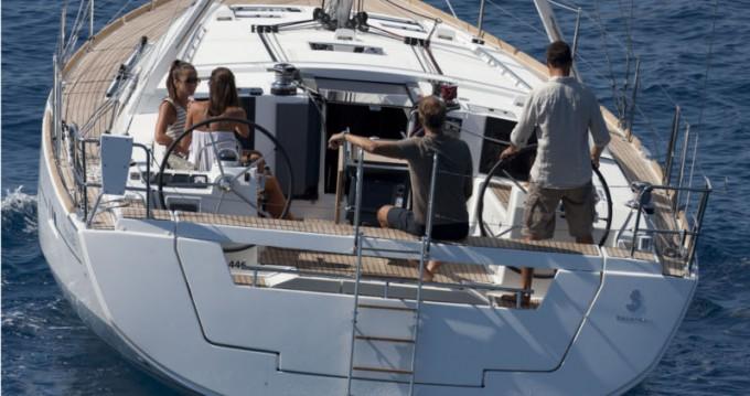 Rent a Bénéteau Oceanis 45 Marmaris