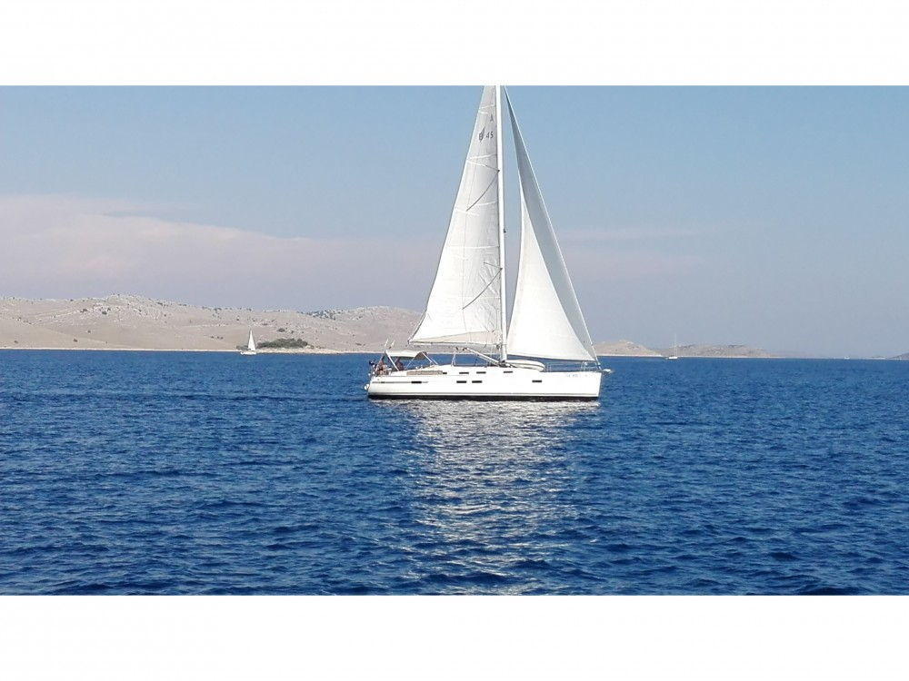 Rental Sailboat in  - Bavaria Bavaria 45 Cruiser