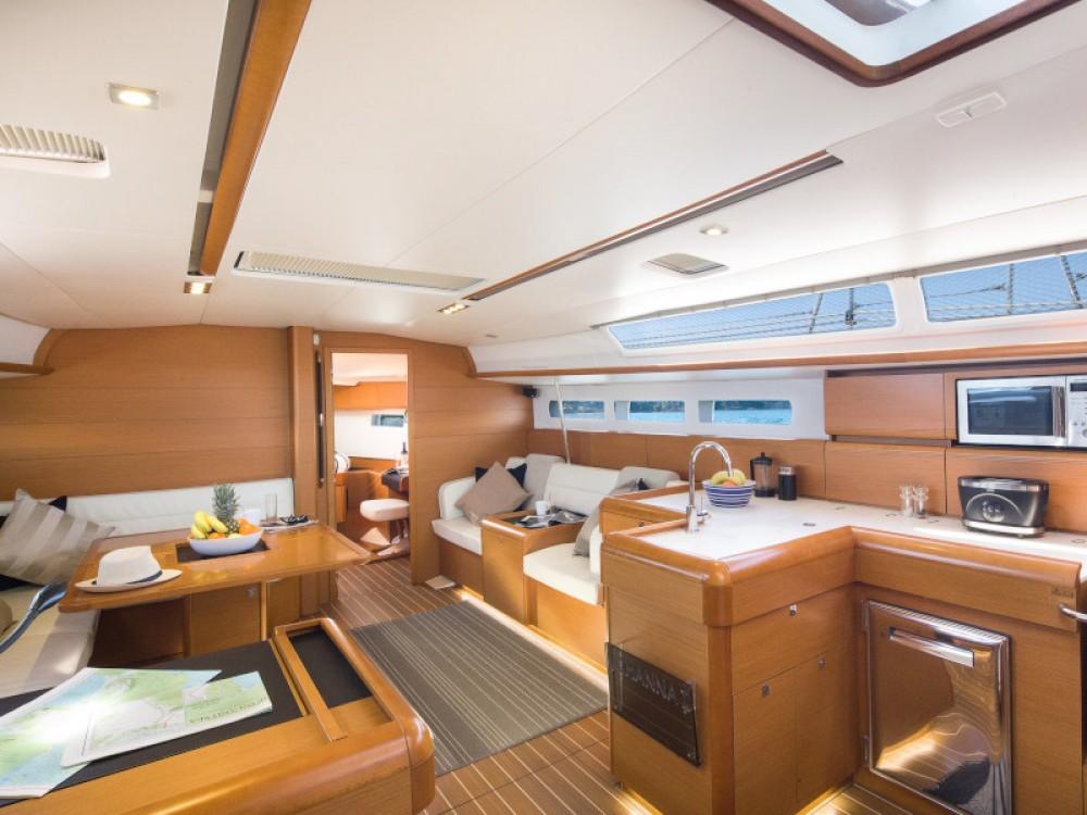 Boat rental Jeanneau Sun Odyssey 509 in Marina Gouvia on Samboat