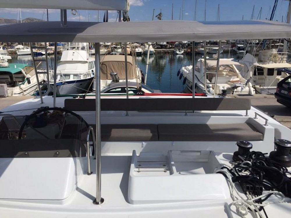Rent a Lagoon Lagoon 450 F Alimos Marina