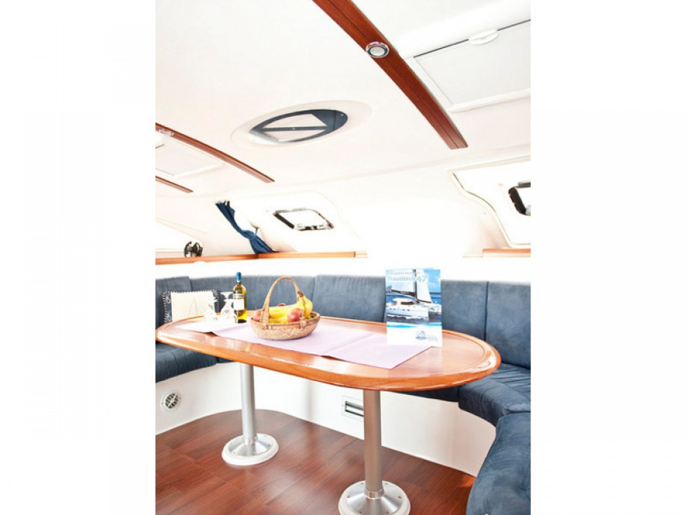 Rental Catamaran in Alimos Marina - Nautitech Nautitech 47