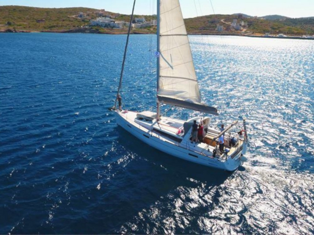 Rental Sailboat in Thassos - Bénéteau Oceanis 45