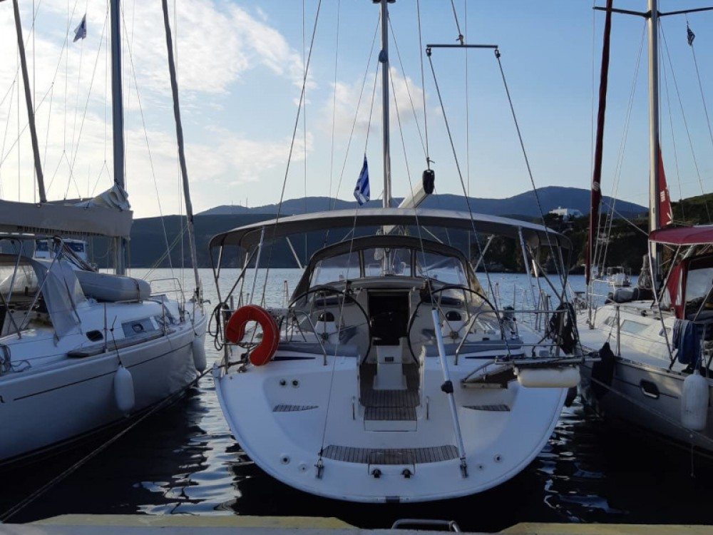 Sailboat for rent Thassos at the best price