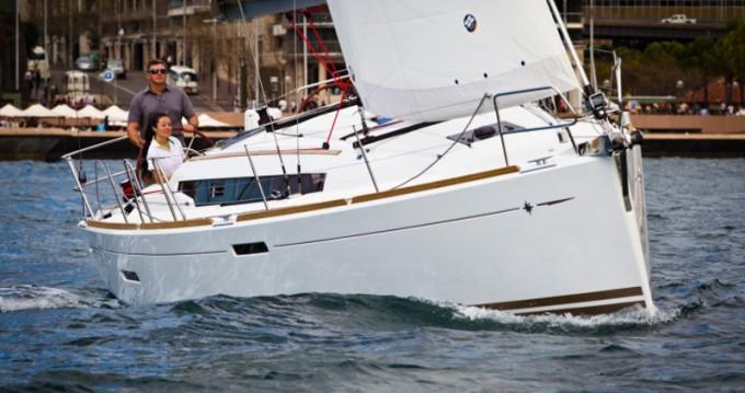 Rental Sailboat in Porto Cheli - Jeanneau Sun Odyssey 379