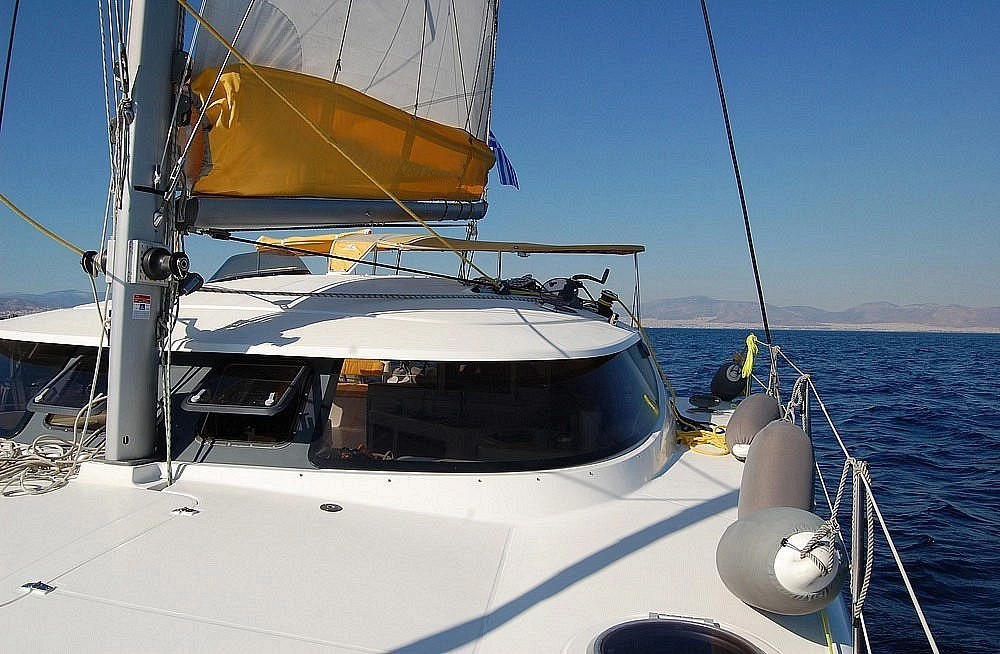 Hire Catamaran with or without skipper Fountaine Pajot Piraeus