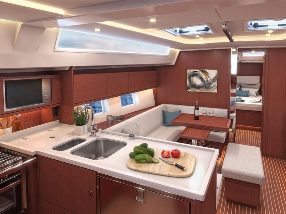 Boat rental  cheap Bavaria C45 Style