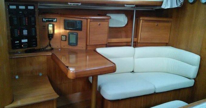 Boat rental Lávrio cheap Sun Odyssey 43