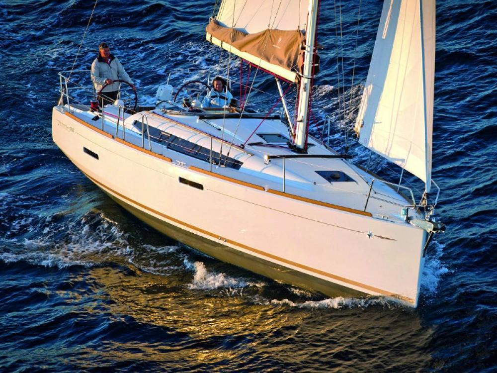 Jeanneau Sun Odyssey 389 between personal and professional Kontokali