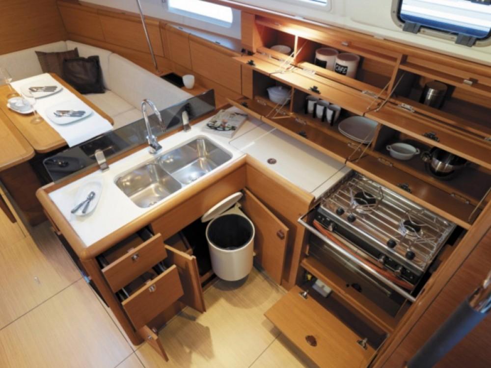 Rental Sailboat in Marina Gouvia - Jeanneau Sun Odyssey 389