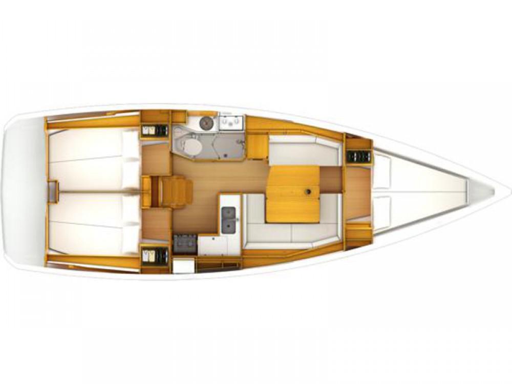 Boat rental Jeanneau Sun Odyssey 389 in Marina Gouvia on Samboat