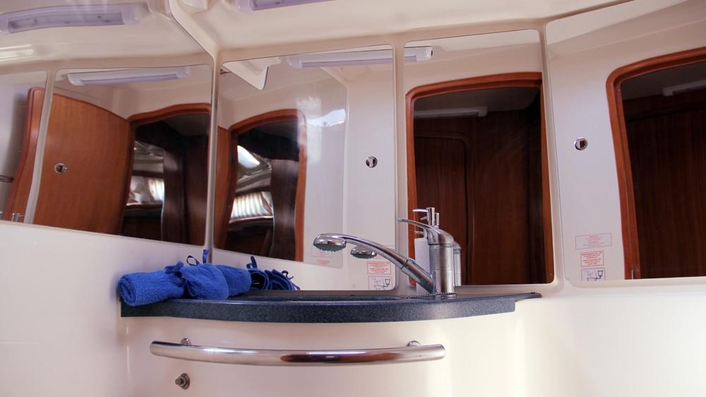 Rental Sailboat in Préveza - Bavaria Bavaria 46 Cruiser
