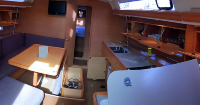 Rental yacht Rogoznica - Dufour Dufour 450 Grand Large on SamBoat