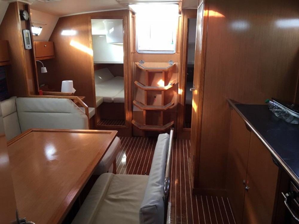 Rental yacht Kavala - Bavaria Bavaria 40 on SamBoat