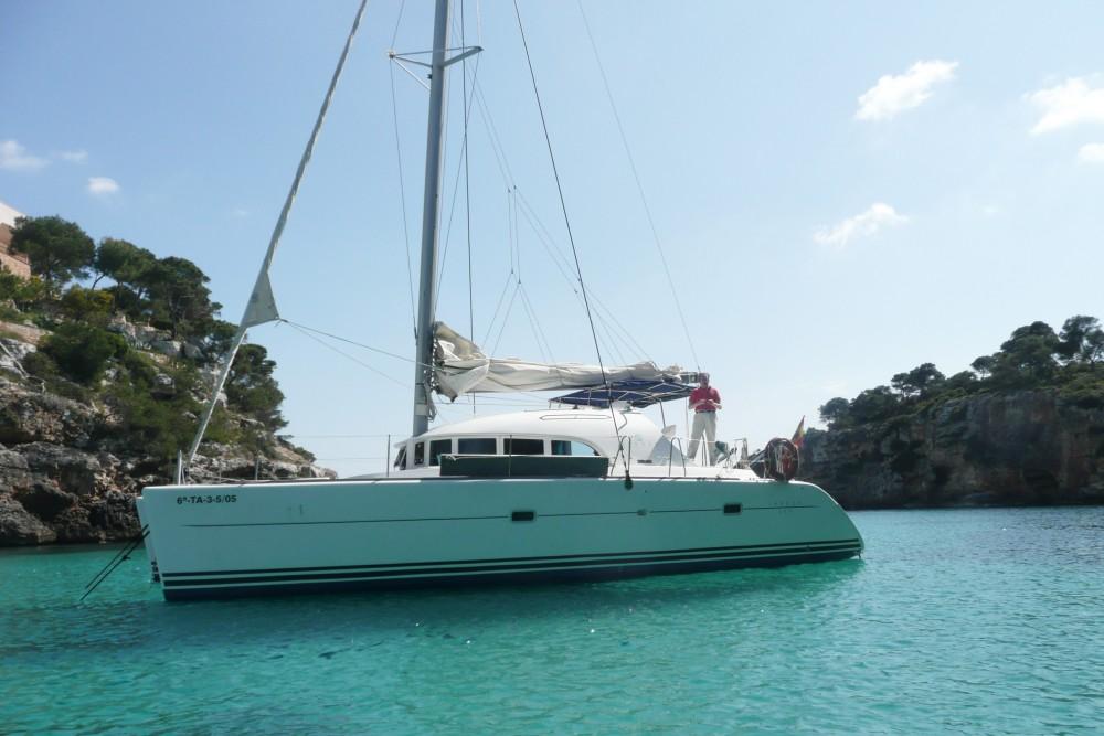 Boat rental Valencia cheap Lagoon 380