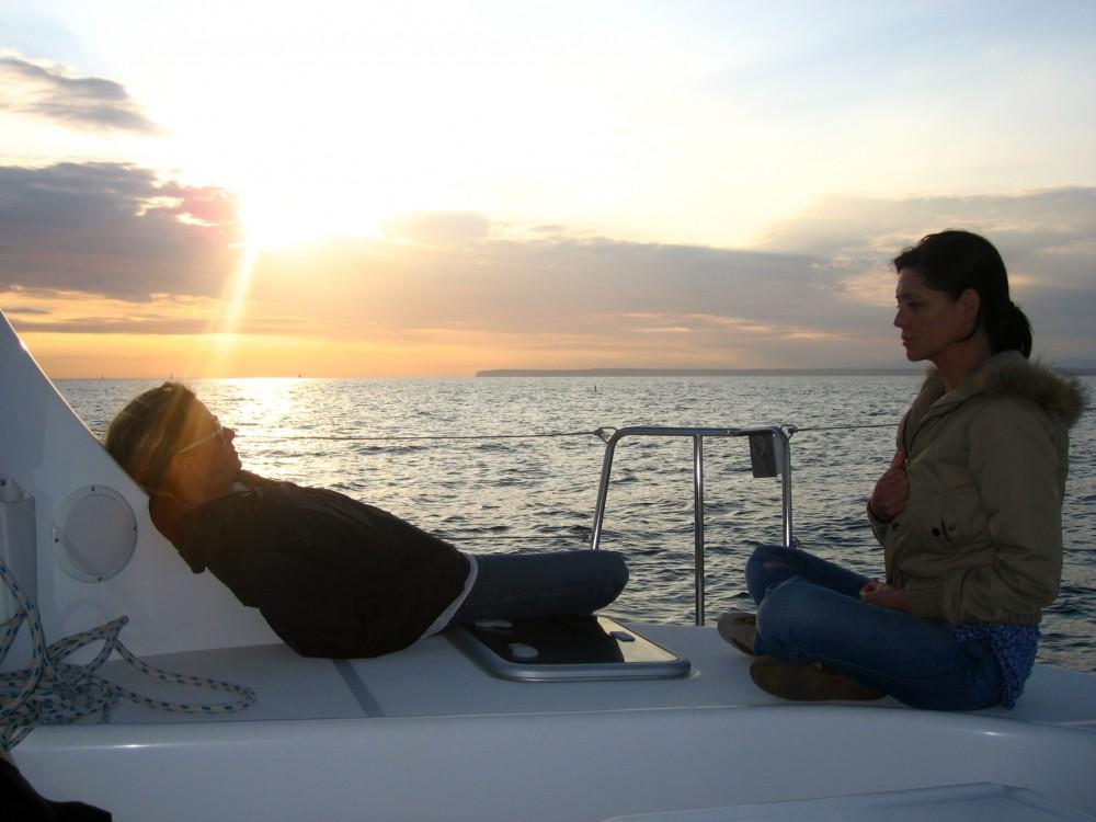 Rental Catamaran in Valencia - Lagoon Lagoon 380