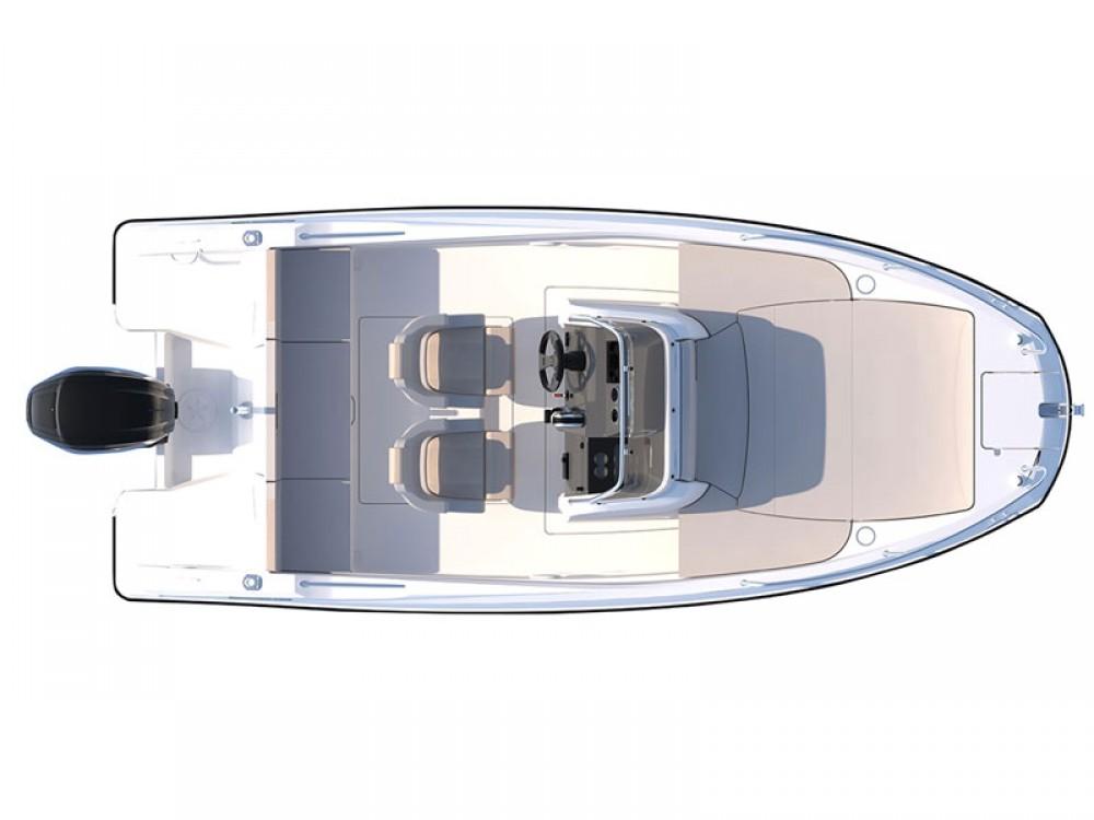 Boat rental Quicksilver Quicksilver Activ 555 in Sukošan on Samboat