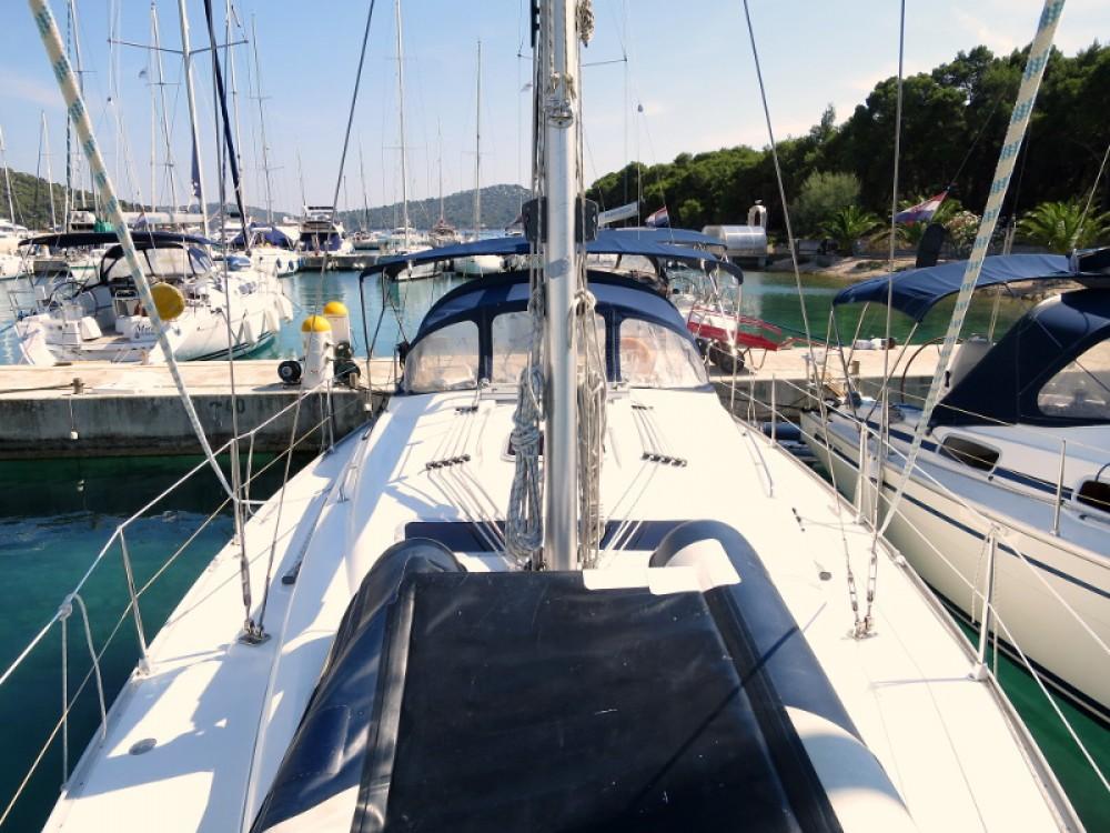 Rental yacht Rogoznica - Bavaria Bavaria 37 C on SamBoat