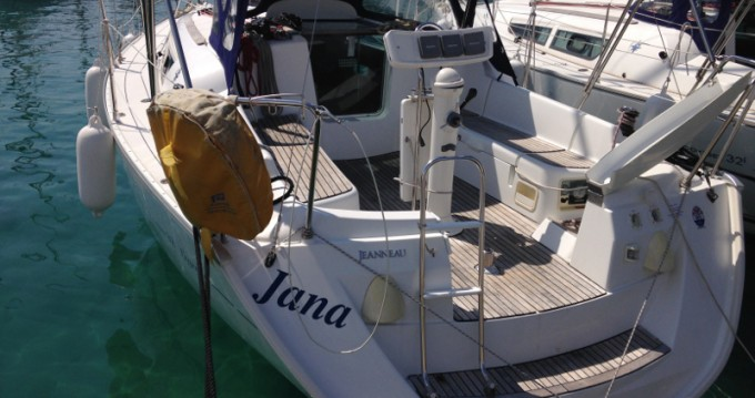Rent a Jeanneau Sun Odyssey 32i Rogoznica