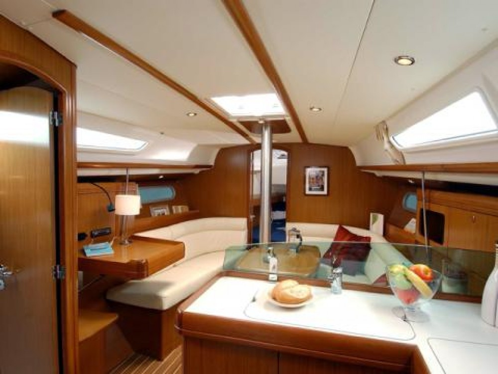 Jeanneau Sun Odyssey 36i between personal and professional Rogoznica