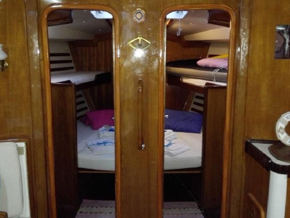 Rental yacht  - Dromor Dromor Triton 48 on SamBoat