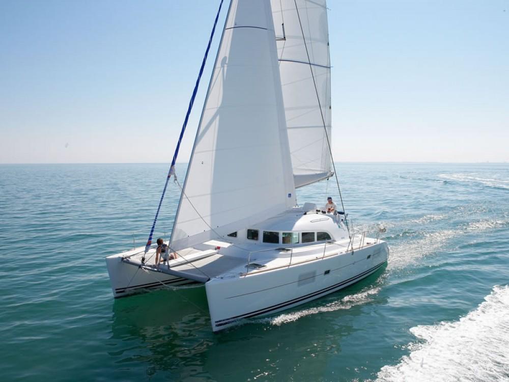 Rental yacht  - Lagoon Lagoon 380 on SamBoat