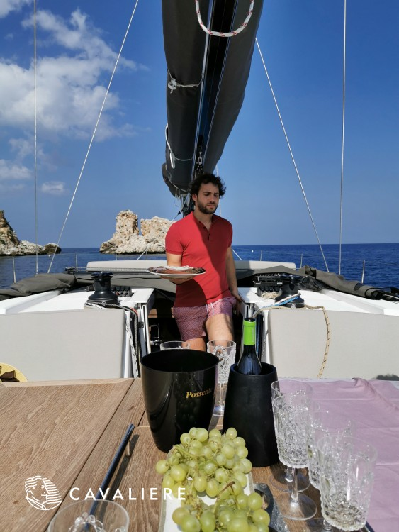 Sailboat for rent Castellammare del Golfo at the best price