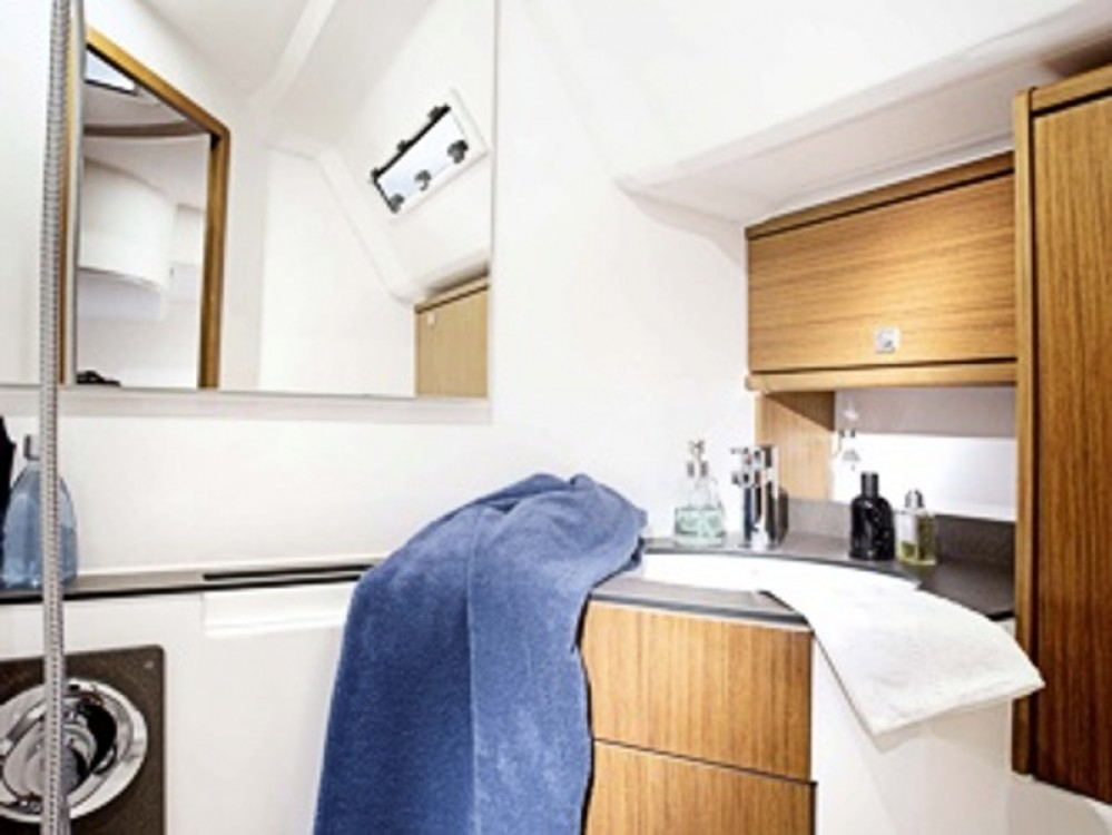 Rental Sailboat in Göteborg City Marina - Bavaria Bavaria Cruiser 46