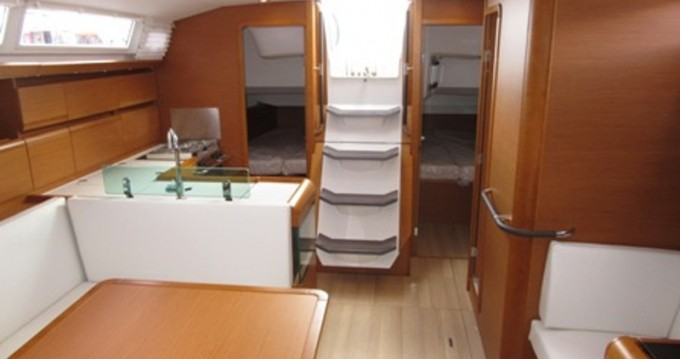 Hire Sailboat with or without skipper Jeanneau Gothenburg