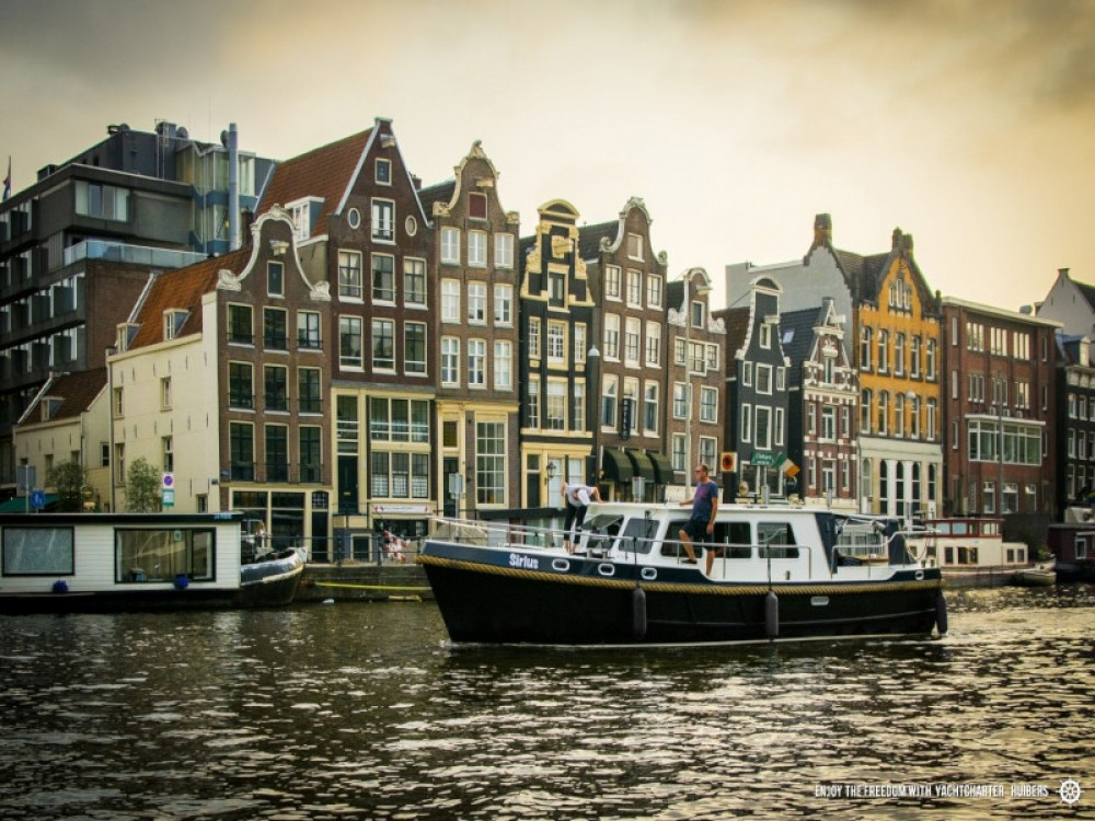 Hire Motor boat with or without skipper  Heukelum