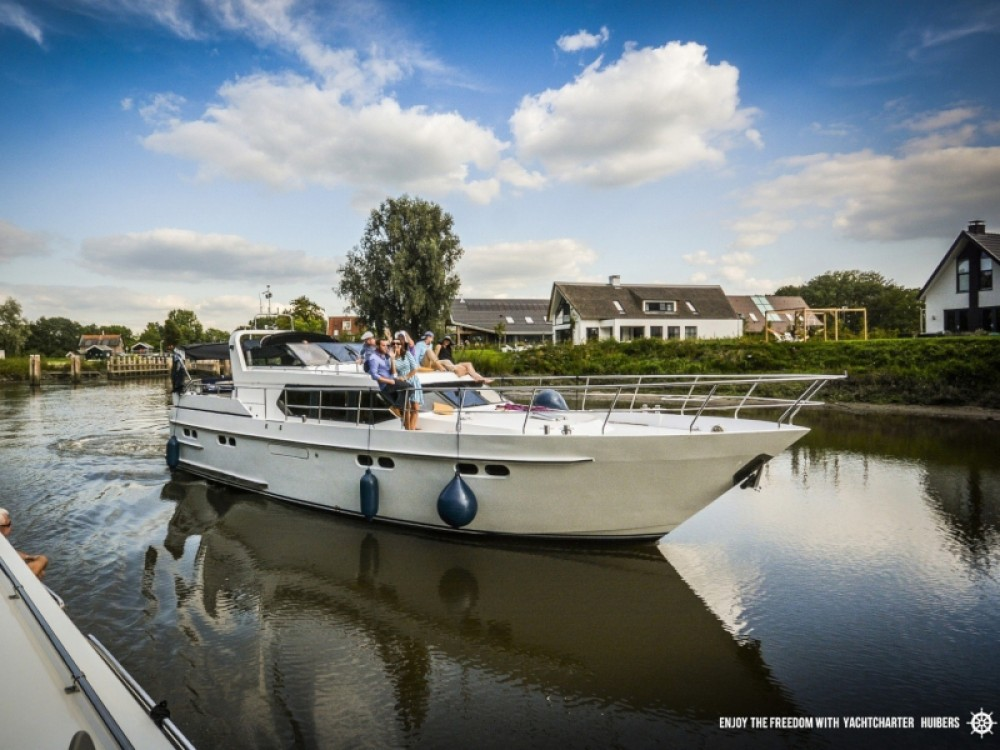 Boat rental  Pacific Allure 155 in Heukelum on Samboat