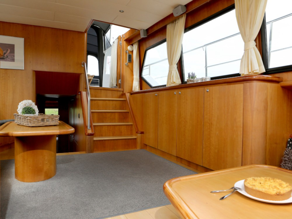 Rental Motor boat in Heukelum -  Pacific Allure 155