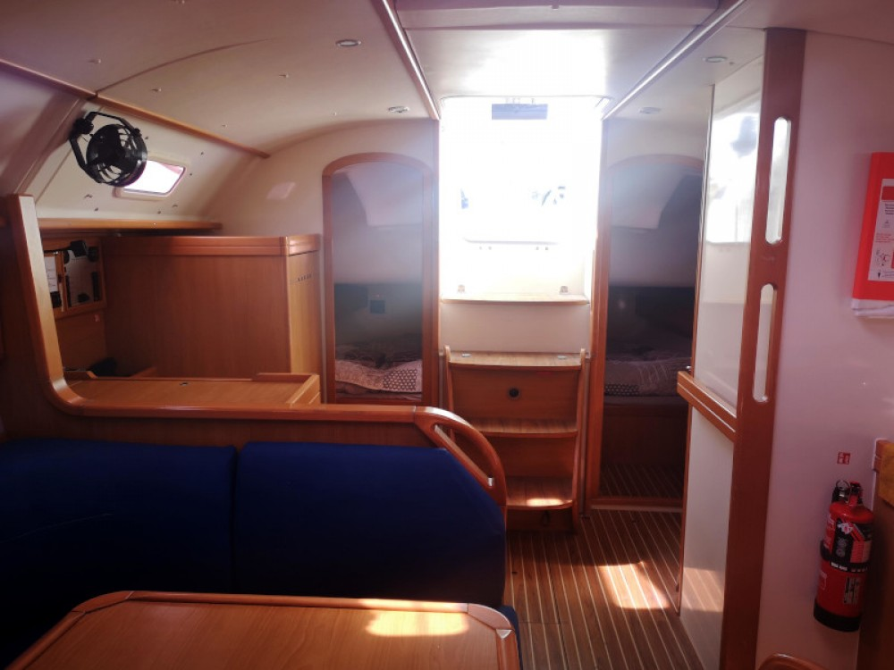 Rental Sailboat in Roses - Poncin Harmony 42