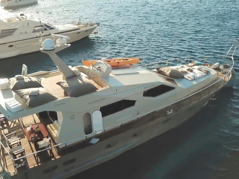 Boat rental Mykonos cheap Maiora Fly 58ft