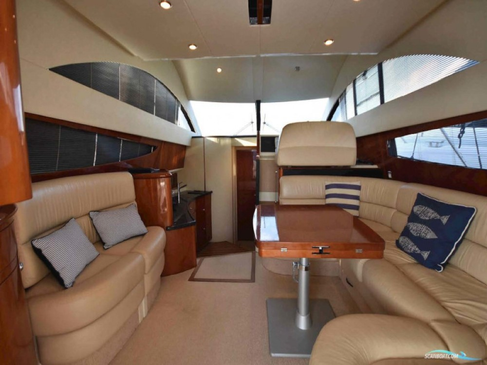 Fairline Fairline Phantom 40ft between personal and professional Mykonos