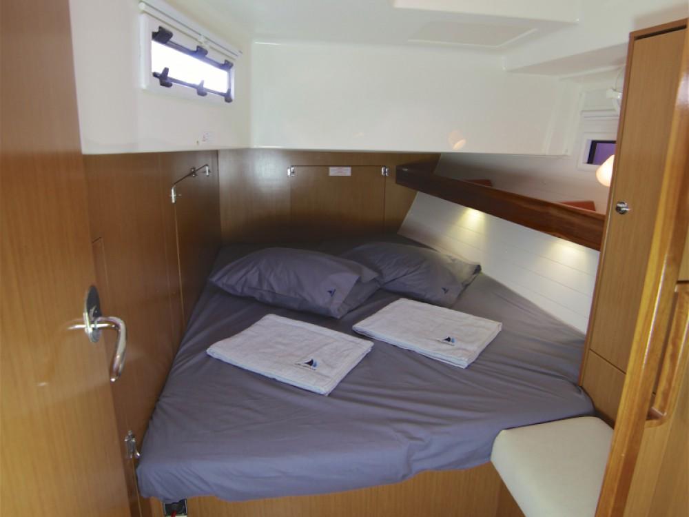 Boat rental Bavaria Bavaria Cruiser 45 in Fethiye on Samboat