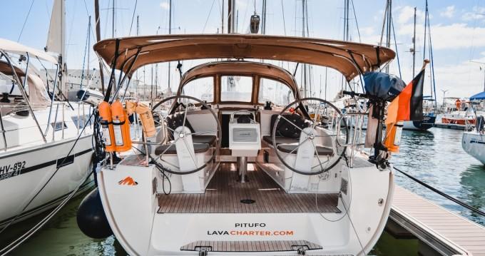 Boat rental Bavaria Cruiser 37 in Lanzarote on Samboat