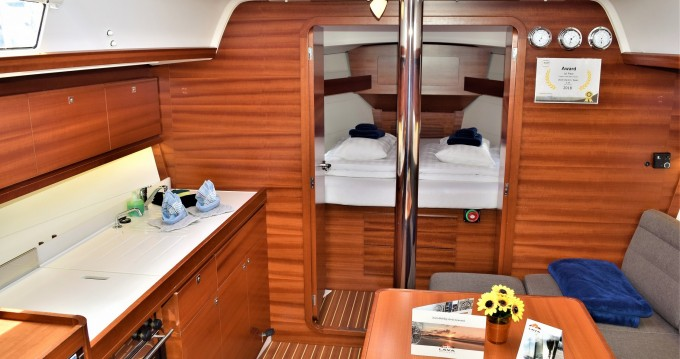 Rental yacht Lanzarote - Dufour Dufour 382 GL on SamBoat