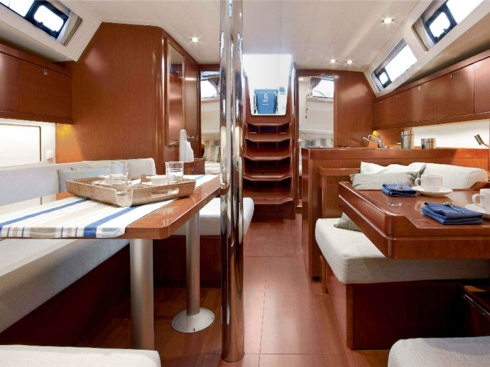 Bénéteau Oceanis 41 between personal and professional Can Pastilla