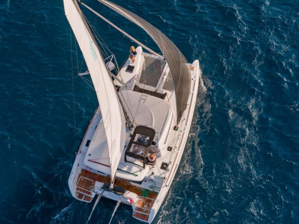 Boat rental Lefkada cheap Lagoon 40