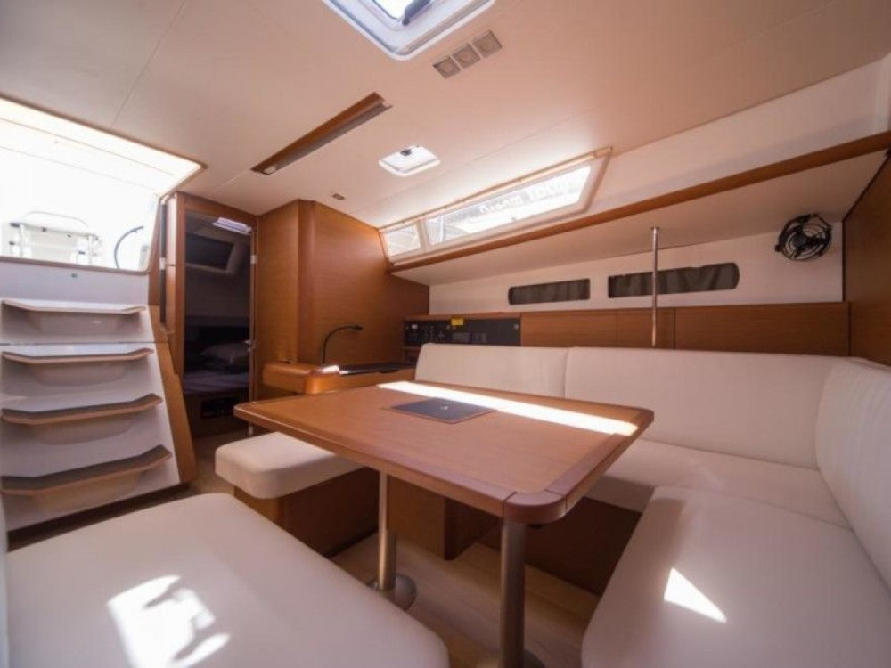 Boat rental Jeanneau Sun Odyssey 479 in Lefkada on Samboat