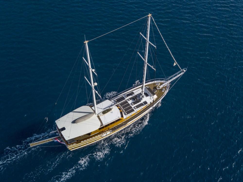 Rental yacht Split -  Gulet on SamBoat