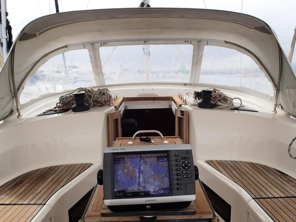Rental yacht Sukošan - Bavaria Bavaria 45 Cruiser on SamBoat