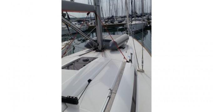 Boat rental Jeanneau Sun Odyssey 439 in Sukošan on Samboat