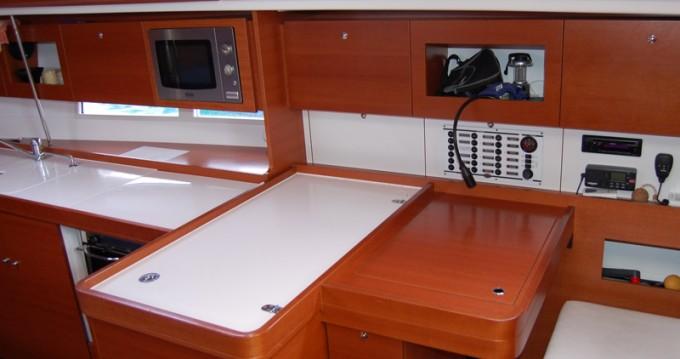 Rental yacht Sukošan - Dufour Dufour 375 GL on SamBoat
